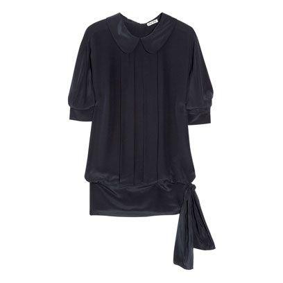 Product, Sleeve, Textile, Fashion, Black, Grey, Clothes hanger, Active shirt, Fashion design,