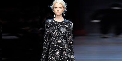 Clothing, Shoulder, Fashion show, Dress, Joint, Style, Runway, Fashion model, Street fashion, Fashion,