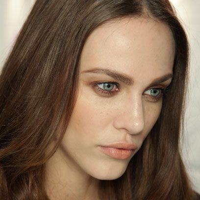 Lip, Cheek, Brown, Hairstyle, Skin, Chin, Forehead, Eyebrow, Eyelash, Iris,