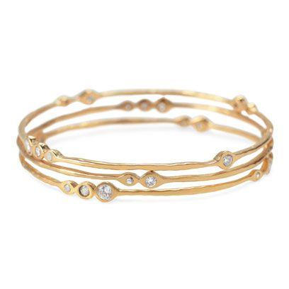 Jewellery, Amber, Natural material, Fashion accessory, Metal, Tan, Beige, Body jewelry, Gemstone, Bracelet,