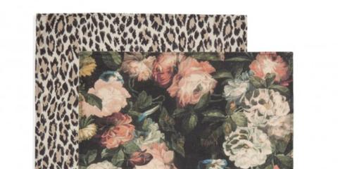 Petal, Flower, Flowering plant, Art, Botany, Painting, Still life photography, Illustration, Floral design, Paint,