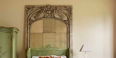 Product, Wood, Room, Bed, Bedding, Textile, Bedroom, Floor, Linens, Bed sheet,
