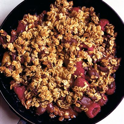Dried fruit, Food, Ingredient, Granola, Breakfast cereal, Breakfast, Oat, Produce, Nuts & seeds, Walnut,