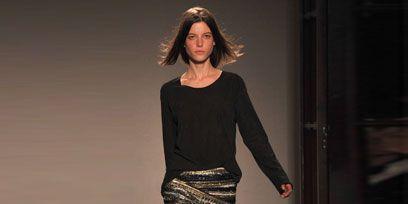 Clothing, Leg, Brown, Human leg, Human body, Sleeve, Shoulder, Textile, Joint, Standing,