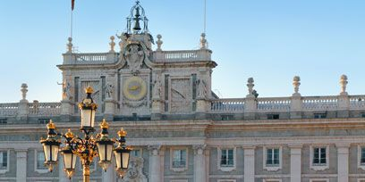 Window, Facade, Building, Palace, Classical architecture, Door, Street light, Column, Finial, Official residence,