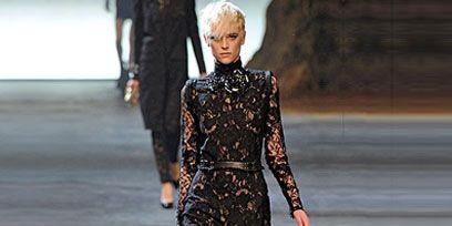 Clothing, Sleeve, Dress, Shoulder, Joint, Waist, Style, Fashion show, One-piece garment, Fashion model,