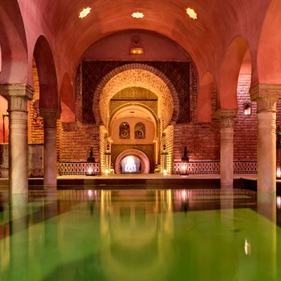 Architecture, Arch, Reflection, Amber, Arcade, Ceiling, Column, Symmetry, Tourist attraction, Crypt,