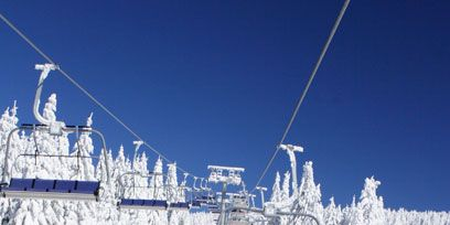 Winter, Slope, Freezing, Terrain, Snow, Hill station, Glacial landform, Winter sport, Piste, Cable car,