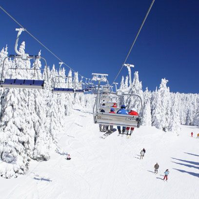 Winter, Slope, Freezing, Terrain, Snow, Hill station, Glacial landform, Winter sport, Piste, Cable car,