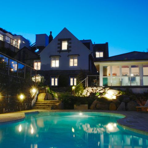 Blue, Swimming pool, Lighting, Window, Property, Residential area, Real estate, Home, House, Building,