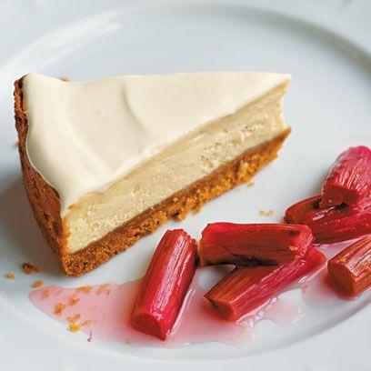 Food, Cuisine, Ingredient, Dishware, Dessert, Plate, Sweetness, Dish, Baked goods, Tableware,