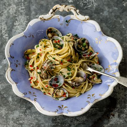 Cuisine, Food, Dish, Bigoli, Noodle, Ingredient, Spaghetti, Italian food, Carbonara, Spaghetti aglio e olio,