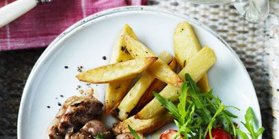 Food, Cuisine, Tableware, Dishware, Ingredient, Dish, Recipe, Meal, French fries, Fried food,