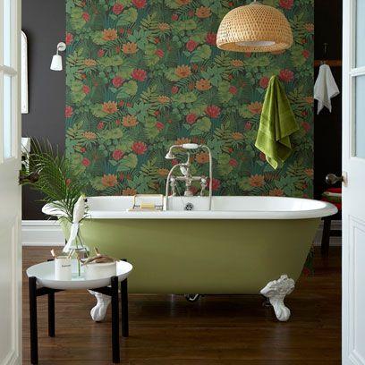 Wood, Room, Plumbing fixture, Property, Interior design, Floor, Flooring, Wall, Tap, Bathtub,