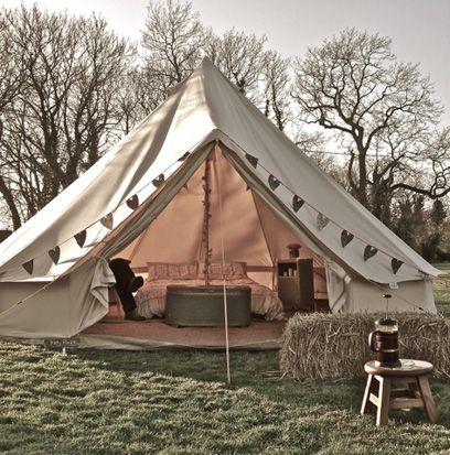 Tent, Tree, Style, Camping, Stool, Tints and shades, Shade, Tarpaulin, Yard, End table,