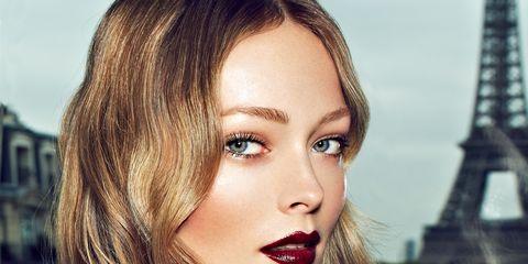 Lip, Finger, Hairstyle, Skin, Shoulder, Eyebrow, Eyelash, Joint, Wrist, Beauty,