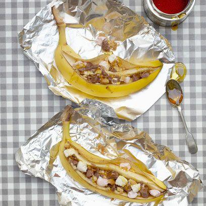 Yellow, Food, Serveware, Drink, Tableware, Ingredient, Pattern, Kitchen utensil, Rum, Cutlery,