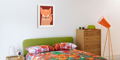 Wood, Room, Bed, Green, Bedroom, Red, Interior design, Bedding, Textile, Wall,