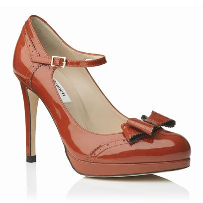 Footwear, Product, Brown, High heels, Red, Tan, Fashion, Basic pump, Beauty, Maroon,