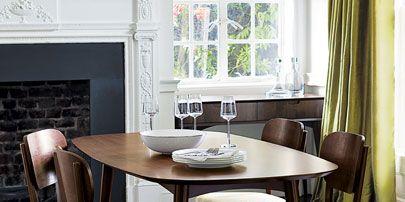 Wood, Floor, Room, Flooring, Interior design, Furniture, Table, Hardwood, Glass, Curtain,