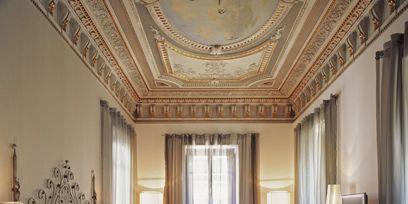 Interior design, Lighting, Room, Floor, Bed, Property, Textile, Flooring, Ceiling, Wall,