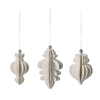 Product, Earrings, White, Natural material, Feather, Animal product, Grey, Metal, Beige, Silver,