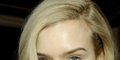 Lip, Cheek, Mouth, Hairstyle, Chin, Forehead, Eyebrow, Eyelash, Style, Jaw,