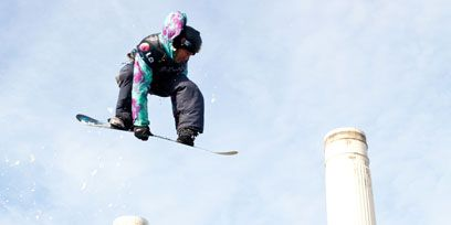 Sky, Winter sport, Landmark, Ski, Ski binding, Slope, Engineering, Extreme sport, Composite material, Ski boot,