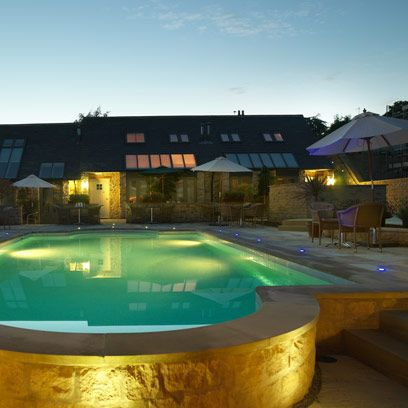 Swimming pool, Property, Real estate, Residential area, Fluid, Resort, Home, House, Aqua, Composite material,
