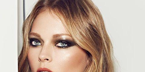 Finger, Lip, Brown, Hairstyle, Skin, Chin, Forehead, Eyebrow, Eyelash, Style,