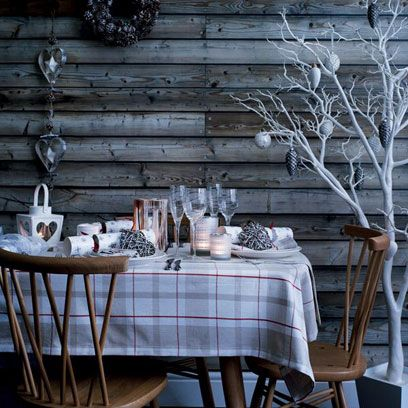 Tablecloth, Table, Twig, Room, Furniture, Glass, Linens, Chair, Dining room, Tableware,