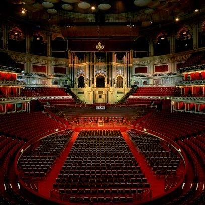 Hall, Red, Interior design, Ceiling, heater, Stage, Theatre, Performing arts center, Light fixture, Symmetry,