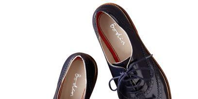 Footwear, Shoe, Product, Brown, Tan, Carmine, Black, Maroon, Close-up, Walking shoe,