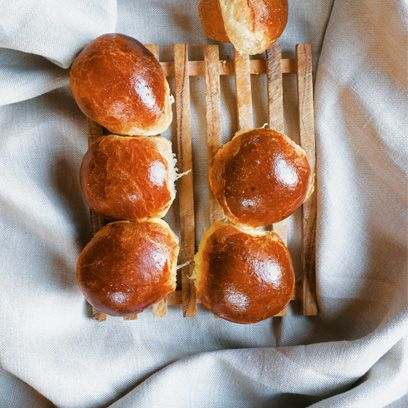 Food, Bread, Baked goods, Finger food, Dish, Snack, Bread roll, Gluten, Kitchen utensil, Ingredient,