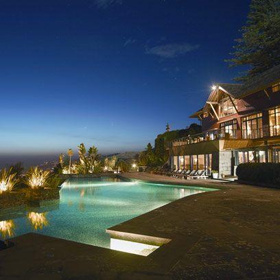 Swimming pool, Property, Resort, Real estate, Town, Azure, Home, Residential area, Villa, Resort town,