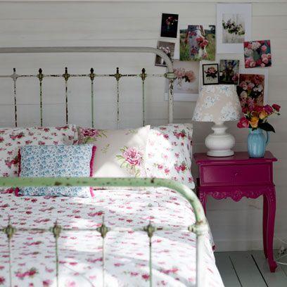 Bed, Room, Bedding, Textile, Bedroom, Pink, Bed sheet, Linens, Furniture, Interior design,
