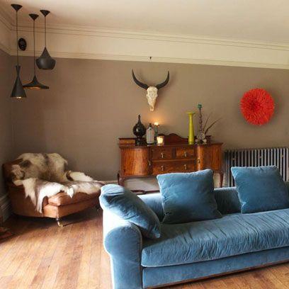 Wood, Room, Interior design, Brown, Lighting, Living room, Wall, Furniture, Floor, Home,