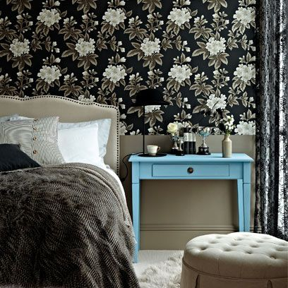Room, Interior design, Wall, Textile, Bed, Furniture, Linens, Bedding, Bedroom, Bed sheet,