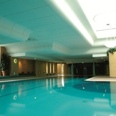 Swimming pool, Green, Property, Ceiling, Aqua, Floor, Teal, Turquoise, Fluid, Azure,