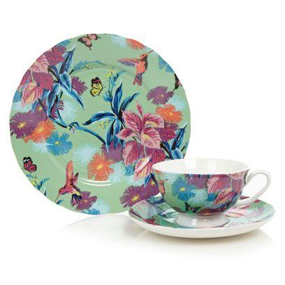 Serveware, Blue, Cup, Dishware, Porcelain, Drinkware, Teacup, Coffee cup, Tableware, Pink,