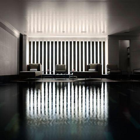 Floor, Flooring, Interior design, Ceiling, Hall, Fixture, Reflection, Tile, Monochrome, Lobby,