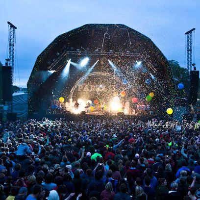 Crowd, People, Entertainment, Audience, Performance, Concert, Public event, Rock concert, Party, World,