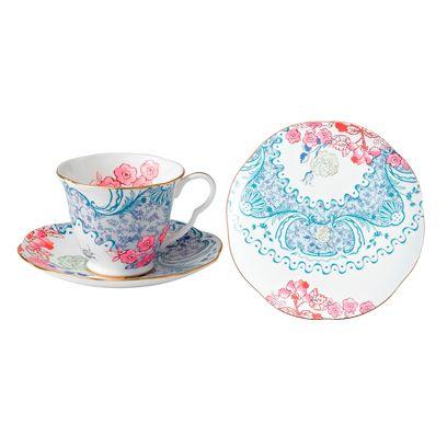 Serveware, Cup, Dishware, Drinkware, Teacup, Porcelain, Pink, Tableware, Saucer, Pattern,