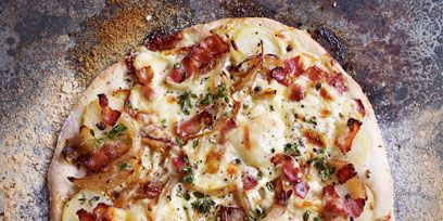 Food, Pizza, Ingredient, Cuisine, Pizza cheese, Dish, Baked goods, Recipe, Cooking, Plate,