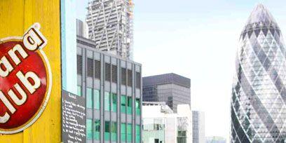 Metropolitan area, Tower block, Urban area, Architecture, Property, City, Metropolis, Neighbourhood, Facade, Commercial building,