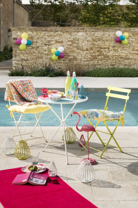 Furniture, Tablecloth, Linens, Outdoor furniture, Chair, Home accessories, Teal, Outdoor table, Carpet, Patio,