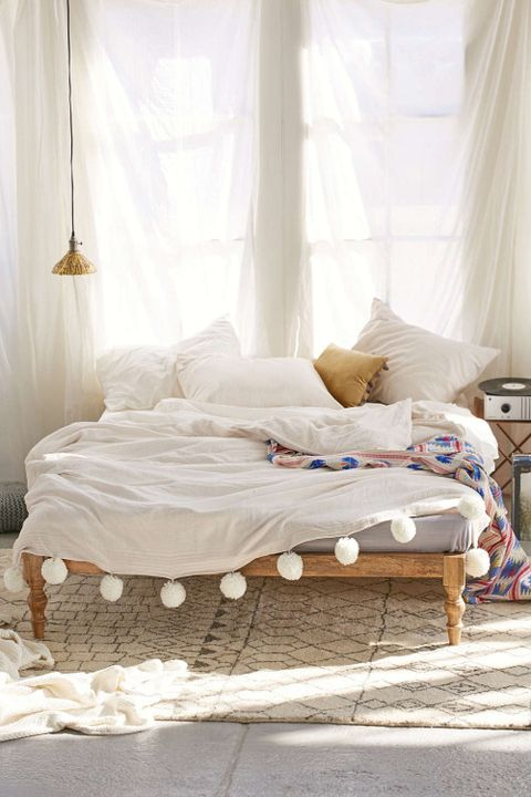 Interior design, Room, Bed, Textile, Bedroom, Bedding, Furniture, Linens, Bed sheet, Window treatment,