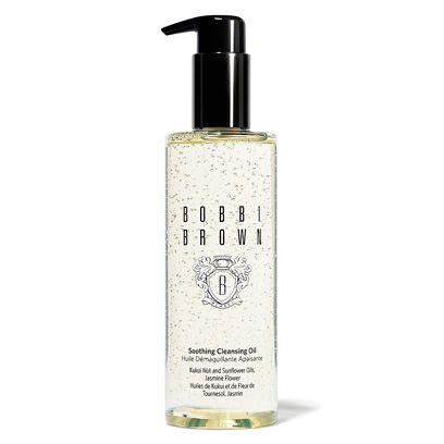 Liquid, Product, Fluid, Glass bottle, Bottle, Drinkware, Cosmetics, Perfume, Distilled beverage, Label,