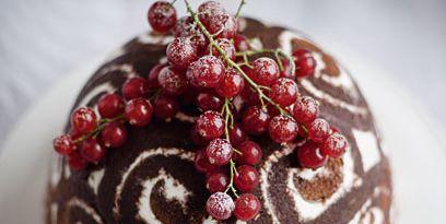Food, Dessert, Cake, Cuisine, Dish, Baked goods, Chocolate, Chocolate cake, Berry, Pudding,