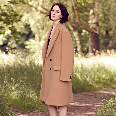 Coat, Sleeve, Collar, Shoulder, Joint, Outerwear, Overcoat, People in nature, Blazer, Street fashion,